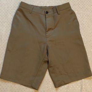 Haggar - Men's Khaki Dress/Golf Shorts - Size 30